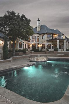 .scarface's mansion.