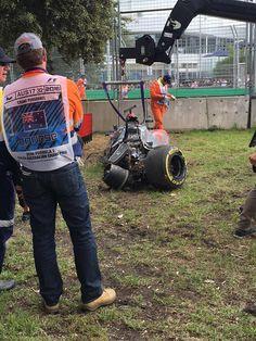 Fernando Alonso's Formula 1 car after crashing mid-race in Melbourne [1814x2419]