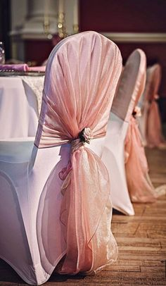 Wedding Chair Sashes, Wedding Chair Decorations, Wedding Chairs, Wedding Chair Covers, Decoration Evenementielle, Rustic Table Runners, Chair Ties, Chair Makeover, Event Decor