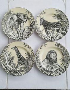 American Atelier Safari Dessert Salad Lion Elephant Zebra Giraffe Lunch Plates 4