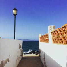 Off the beaten track. We found the sea. #fuerteventura #offthebeatentrack #wefoundthesea #blueskies #corallejo #waves #summer