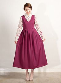 V넥 원피스 [마젠타] Korean Traditional Dress, Traditional Dresses, Modern Hanbok, Oriental Fashion, Korean Outfits, Simple Dresses, Korean Fashion, Cute Outfits, Style Inspiration