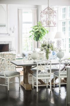 INTERIORS — Brittany Bromley Interiors Bamboo Dining Chairs, Trestle Dining Tables, Green Dining Room, Dining Rooms, Dining Table Lighting, Gray Painted Walls, Interior Design Classes, Chippendale Chairs, Cool Rooms
