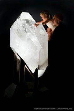 2500 pound quartz crystal | Minas Gerais Brazil | Mineral & Rock Shiny's | Pinterest #crystal #gem #gemstone #quartz