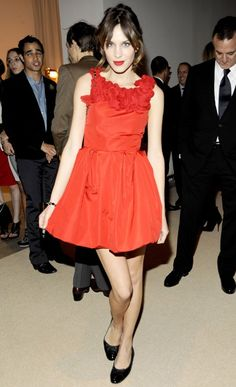 Alexa Chung in Jason Wu - CFDA/Vogue Fashion Fund Awards in New York City.  (November 2009)