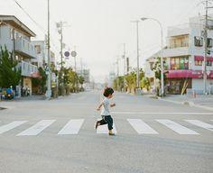 Kodak Portra 400 Film early morning light ++ photography by : hideki hamada Japanese Photography, Light Photography, Film Photography, Street Photography, Stunning Photography, Children Photography, Portra 400, Kodak Portra, Moleskine