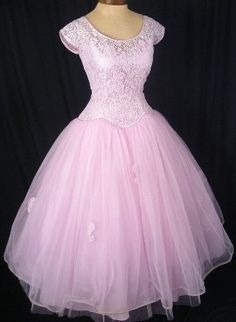 Really want a dress like this