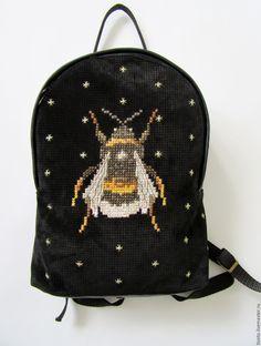 Купить Рюкзак со шмелем - черный, рюкзак женский, рюкзак, рюкзачок, шмель, рюкзак городской