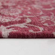 Louis De Poortere Rugs Vintage 8985 Antwerp Red buy online from the rug seller uk Jacquard Loom, Patchwork Designs, Lavender Color, Antwerp, Free Uk, Delivery, Cottage, Pure Products, Rugs