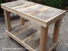 Pallet Designs Pallet Project: Kitchen Island / Work Table - I've been itching to create anything with salvaged pallets. My daughter's kitchen island is finally done. We spent an April Saturday afternoon salvaging pallets. (Read about our P…