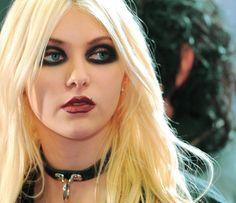 Taylor Momsen, makeup