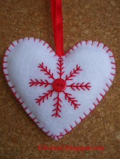 felt christmas ornament, heart