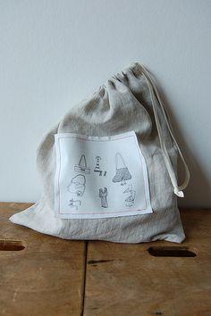 Drawstring bag with french seams