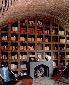 Architect Jacques Chevalier imagined for his house in Morocco a library with shelves made of bricks