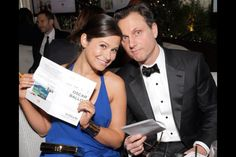 """Katie Lowes of """"Scandal"""" carries Jill Milan's Art Deco clutch to the 2014 Oscars.  You can see the clutch here:  http://www.jillmilan.com/evening/handmade-metal-clutch-48.html"""
