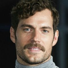 Well okay now. Let's take a look at you. HenryCavill