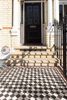 Image Result For Outdoor Black And White Floor Tile For Front Stoop Front Garden Design Front Garden Front Door Steps