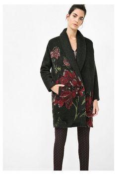 Koop nu de coolste damesjas bij Desigual, met gratis retour en verzending naar de winkel. 10% korting vanaf €100!
