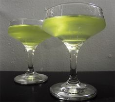 Gastronomista: The Siren's Call - A Cocktail with Clarified Lime Juice