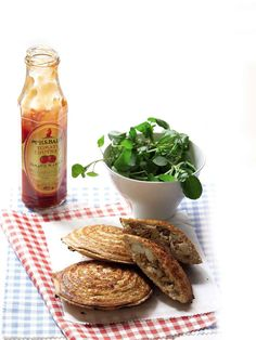 Enjoy local flavour with smoked snoek, chutney and watercress jaffles. Braai Recipes, Farmers Market Recipes, Good Food, Yummy Food, Gourmet Burgers, South African Recipes, Recipe Today, Restaurant Recipes, Light Recipes