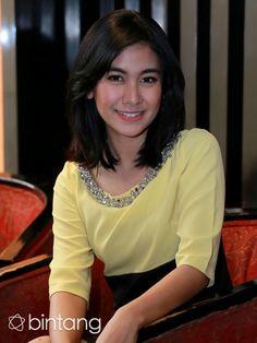 Anisa Rahma merasakan pengalaman pertama bermain di film horor di film berjudul 'Menara Stasiun Cawang'. Ia pun mengaku sempat merasakan kejadian aneh saat syuting film tersebut. Selengkapnya hanya di Bintang.com. #AnisaRahma #Aktris #MenaraStasiunCawang #Bintang #Indonesia