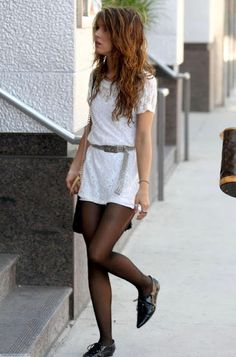 shenae grimes. and she pulls it off so well.