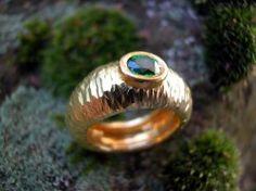 Tsavorit - Ring - Willich - Goldschmiedearbeiten › Kunstplaza