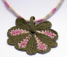 Tea Time fanfare necklace 1 | Flickr: Intercambio de fotos