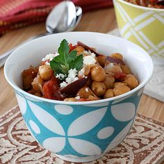 Crockpot Chickpea Stew with Balsamic Caramelized Onions @Lisa Lupa  we need to tell your mom about this one!  Actually I might just try it, I'll try anything that doesn't need an oven!