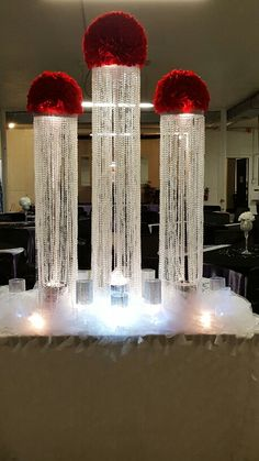 45 Dining Table Decor for Valentine's Day Dinner - Wedding Stage, Red Wedding, Wedding Day, Wedding Columns, Diy Centerpieces, Table Decorations, Red And White Weddings, Valentines Day Dinner, Valentine's Day