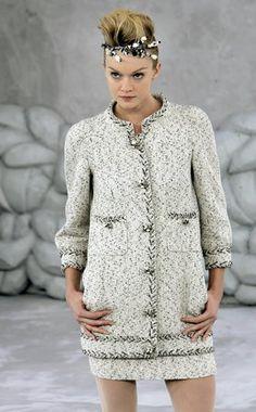 Luxury   Multifaced concept   Chanel #mafash14 #bocconi #sdabocconi #mooc #w1