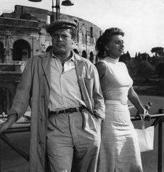 """Credits: Ansa Foto di Francesco Alessi - """"Peccato che sia una canaglia"""" di Alessandro Blasetti (1954). Marcello Mastroianni e Sophia Loren davanti al Colosseo a Roma."""