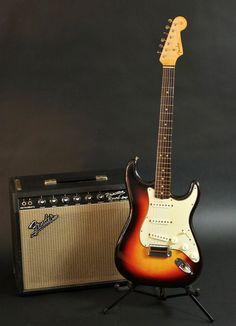 1963 Fender Stratocaster and Princeton Reverb amp Fender Stratocaster Sunburst, Stratocaster Guitar, Fender Guitars, Acoustic Guitars, Fender Electric Guitar, Cool Electric Guitars, Fender Vintage, Vintage Guitars, Music Guitar