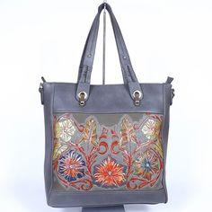Glamour, Shoulder Bag, Bags, Fashion, Handbags, Moda, Fashion Styles, Shoulder Bags, The Shining