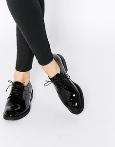 Vagabond Lejla Black Patent Leather Brogue Flat Shoes