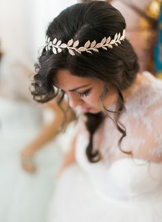 This bridal headpiece is just stunning. Boho and Greek Goddess collide