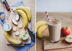 Den Tag mit einem Smoothie starten. Aber nicht mit irgendeinem, nein. #mitvergnuegen hat mit unseren Zutaten einen Bananen-Power-Smoothie gezaubert. Was da alles reinkommt? 2 Bananen | 1 Apfel | 1 Glas Hafermilch | 1 TL Zimt | 1 TL Dattelsirup. Klingt verlockend. Alle Produkte gibt es zum Nachmachen bei uns im Shop: www.gegessenwirdimmer.de