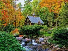 The Artists Cottage, Quebec, Canada photo via besttravelphotos