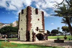 Torre del Conde, gotycka forteca witająca wszystkich wysiadających z promu w Sanb Sebastian de #LaGomera