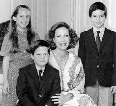 Begum Salimah with her 3 children:  Princess Zahra Aga Khan (born 18 September 1970) Prince Rahim Aga Khan (born 12 October 1971) Prince Hussain Aga Khan (born 10 April 1974)