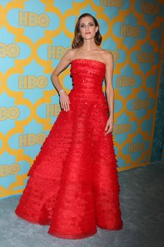 Allison Williams Girls star Allison Williams turned our heads in her Armani Privé gown. It wasn't just the red color, though: The tiered texture on the gown makes it that much more beautiful to look at.