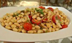 Φασόλια σαλάτα -πιάζ !!! Black Eyed Peas, Pasta Salad, Beans, Vegetables, Ethnic Recipes, Food, Salads, Crab Pasta Salad, Essen