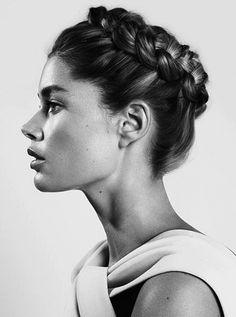 --Get the look...--Vogue TurkeyPhotographer: Cuneyt Akeroglu via @WhoWhatWear