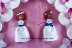 Dolls felt communions blue / Comunion lacito azul http://accesoriosdulcescaramelos.blogspot.com.es/2013/06/muneca-comunion-mod-3-con-lacito-azul.html