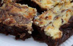 Kageblogger Sarah Bregendahl deler opskriften på sine populære cheesecake brownies med ALT for damernes læsere. Det er lige så tænderne løber i vand!