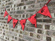 Another Halloween bunting 6 Halloween Bunting, Halloween Crafts, Flags, Fun, National Flag, Hilarious
