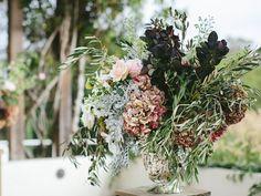 Vintage Wedding Flower Arrangement Idea