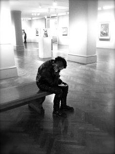 unknown caller, art institute chicago.