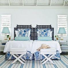 Dormitorio con azules