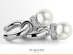 Mix your own style into your own design. With TI SENTO - Milano jewellery you are always able to create your own look. Ear charms like these can be changed easily into a different model whenever you feel like changing!